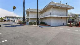 Exterior view MOTEL 6 PLEASANTON