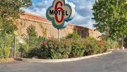 Exterior view MOTEL 6 SANTA ROSA SOUTH CA
