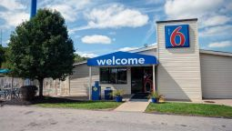 Exterior view MOTEL 6 CHARLESTON WEST - CROSS LANES WV