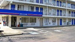 Exterior view MOTEL 6 CLEVELAND EAST - MACEDONIA
