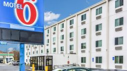 Exterior view MOTEL 6 BOSTON WEST FRAMINGHAM