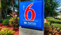 Exterior view MOTEL 6 BRADENTON
