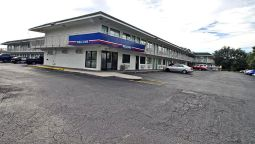 Exterior view MOTEL 6 TAMPA