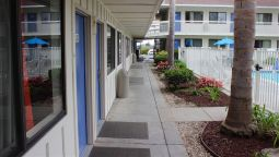 Exterior view MOTEL 6 PISMO BEACH