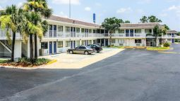 Exterior view MOTEL 6 JACKSONVILLE - ORANGE PARK