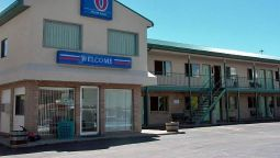 Exterior view MOTEL 6 WALL
