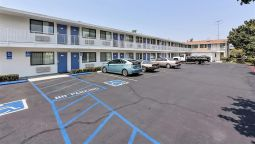 Exterior view MOTEL 6 SUNNYVALE SOUTH
