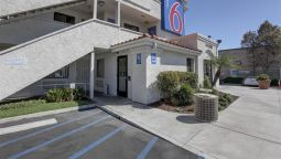 Exterior view MOTEL 6 LOS ANGELES-BELLFLOWER