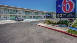 Exterior view MOTEL 6 PHOENIX NORTH BELL ROAD