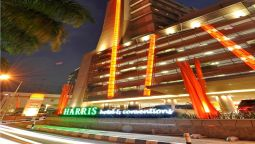 Buitenaanzicht HARRIS Hotel and Conventions Kelapa Gading
