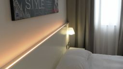 Buitenaanzicht Smart Hotel Milano Central Station