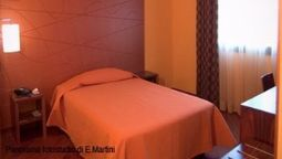 Room Tornese Cecina Mare