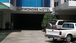 Exterior view Suriwongse Hotel