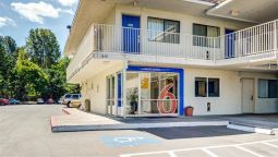 Exterior view MOTEL 6 PORTLAND EAST - TROUTDALE