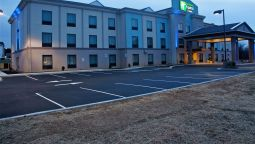 Exterior view Holiday Inn Express & Suites YORK NE - MARKET STREET