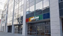 Exterior view Park Inn by Radisson Budapest