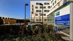Buitenaanzicht Holiday Inn Express WARSAW AIRPORT
