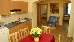 Hotel Aphrodite Apartments & Cafe - Eger