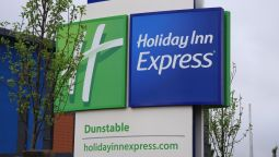 Buitenaanzicht Holiday Inn Express DUNSTABLE