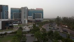 Exterior view Crowne Plaza GREATER NOIDA