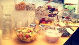 Breakfast buffet Zur Donau