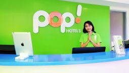Reception POP! Hotel Kuta Beach
