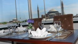 Restaurant The Istanbul Hotel