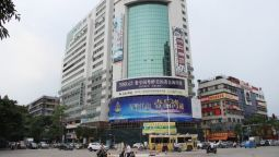 Green Tree Inn Jinhu Road Business Hotel