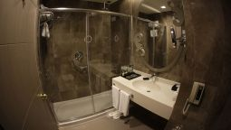 Badkamer Silence Istanbul Hotel & Convention Center