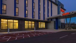 Exterior view Hampton by Hilton Exeter Airport