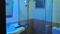 Bathroom Al Qidra Hotel & Suites