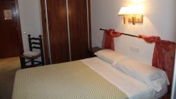 Double room (standard) Isabel Hostal