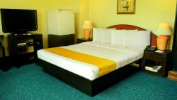 Single room (standard) Paragon Suites