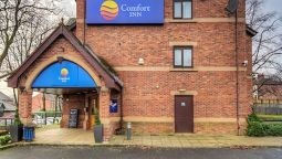Exterior view Comfort Inn Manchester North