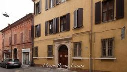Exterior view Honey Rooms Ferrara