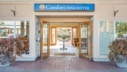 Comfort Inn & Suites - North Vancouver