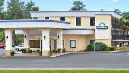 Exterior view Days Inn Valdosta