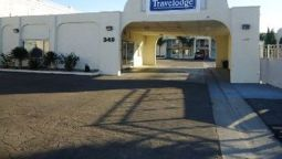 Exterior view Travelodge Los Banos CA