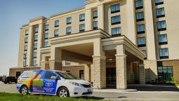 Exterior view Hampton Inn by Hilton Winnipeg Airport-Polo Park MB Canada