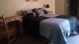 Room Knights Inn Pearsall