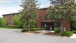 Exterior view StudioPlus Raleigh-Cary-Harris