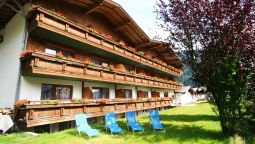 Buitenaanzicht first mountain Hotel Zillertal