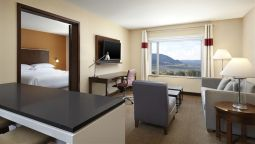 Room Four Points by Sheraton Kelowna Airport