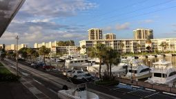 Camelot Waterfront Inn - Riviera Beach (Florida)