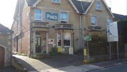 Hotel The Pines Guest Accommodation - Chippenham, Wiltshire
