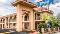 RODEWAY INN AND SUITES - Bellflower (Illinois)
