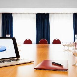 Arosa-Essen-Conference_room-31.jpg