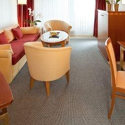 Dorint_Parkhotel-Bad_Neuenahr-Ahrweiler-Junior-Suite-1-65.jpg