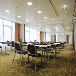 Grauer_Baer-Innsbruck-Seminar_room-514.jpg