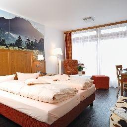 Ringhotel_Boeld_Landhotel-Oberammergau-Interior_view-720.jpg